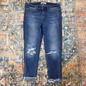 A&F Distressed Cuffed Skinny Jeans-26/2